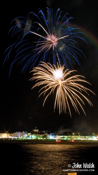 hampton-beach_nh_fireworks_204