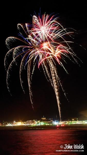 hampton-beach_nh_fireworks_623