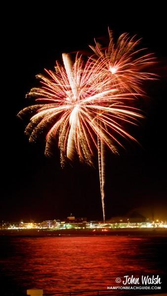 hampton-beach_nh_fireworks_630