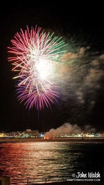hampton-beach_nh_fireworks_644